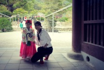 A little girl dressed in her hanbok for Chuseok. So cute!