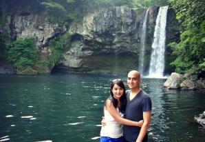 Cheonjiyeon Waterfall - K&C