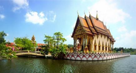 Wat Plai Laem (8)